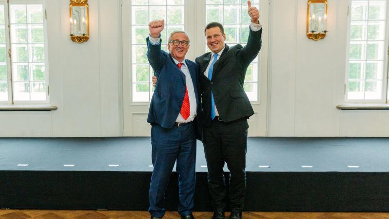 Jean-Claude Juncker (l), przewodniczący Komisji Europejskiej oraz Jüri Ratas, premier Estonii// Źródło: Estońska prezydencja