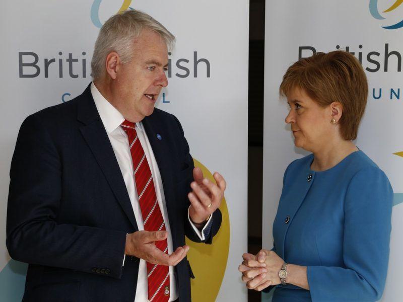 Carwyn Jones i Nicola Sturgeon, żródło: www.govt.scot