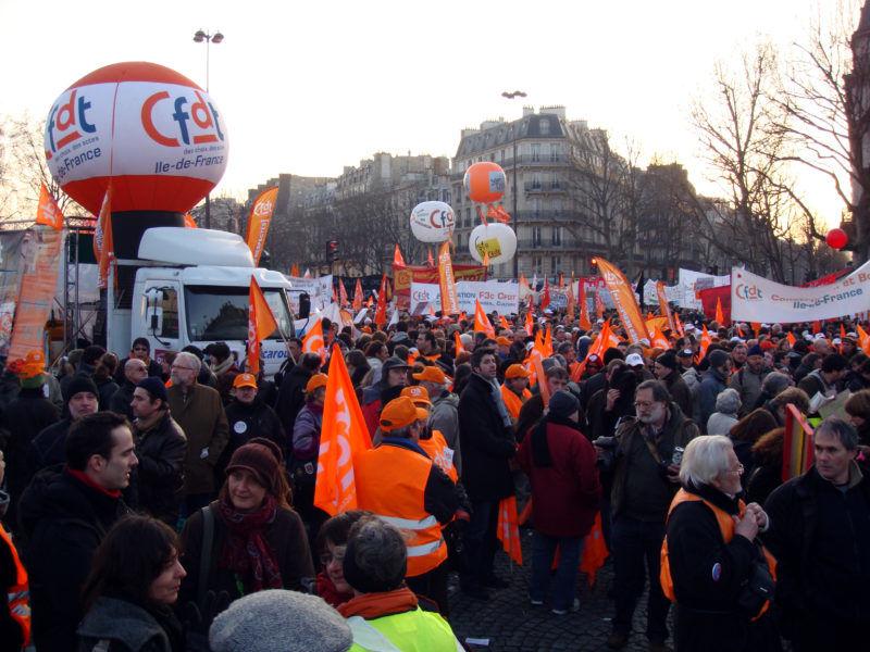 Manifestacja CFDT, źródło Wikipedia