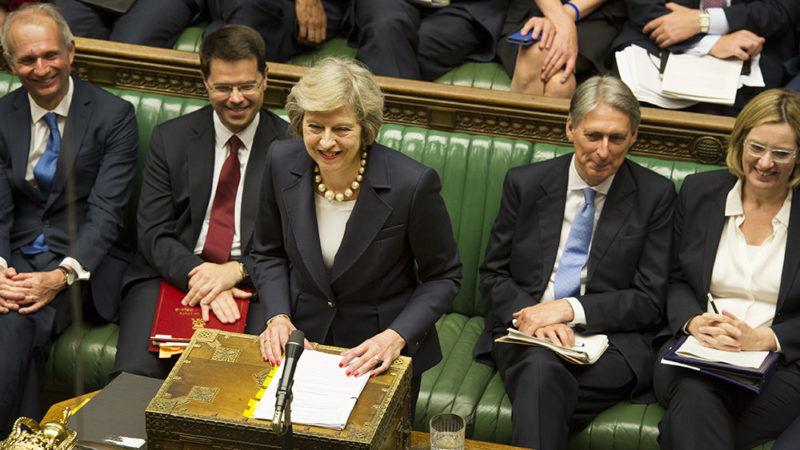 Theresa May przemawia w Izbie Gmin, źródło Flickr